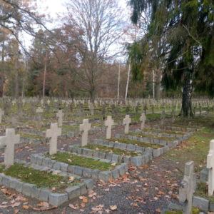 4 cmentarz